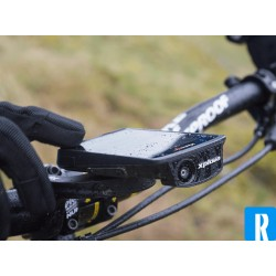 Xplova X5 Evo bike computer with integrated Action cam